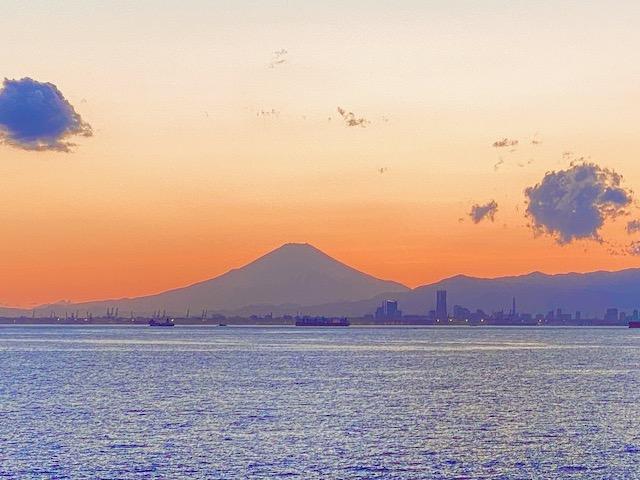 海ほたるからの富士山