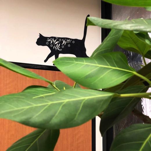 事務所に緑を 観葉植物