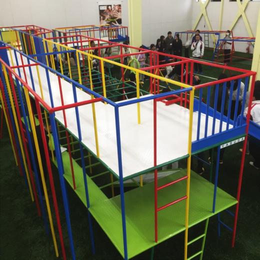 幼児用の遊具メーカーのデザインコンサルティング